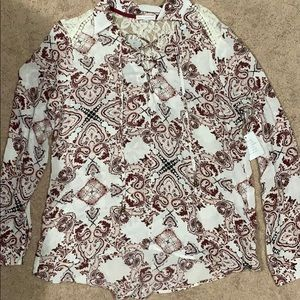 Women's size large Buckle top